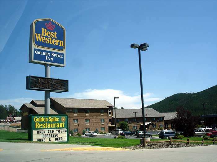Super 8 Motel Hill City Mt Rushmore 209 Main St The Harney Peak Trail S End Cabinotel Sign