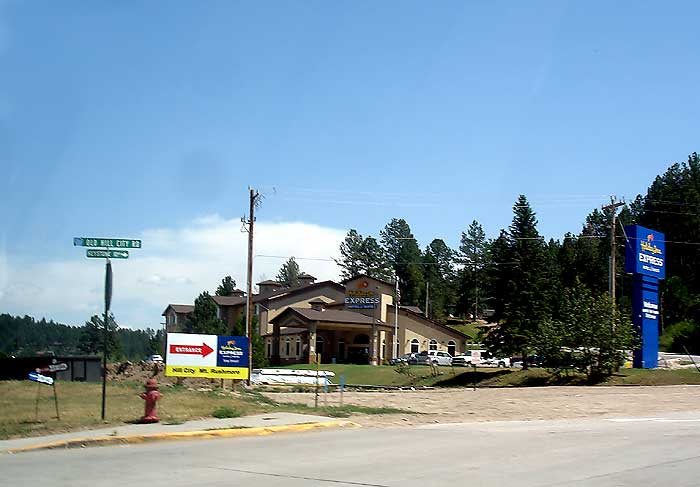 Holiday Inn Express Hotel Hill City Sd 12444 Old Road Best Western Golden Spike Highway 16 And 385 The Lodge At Palmer Gulch 12620 Hwy 244